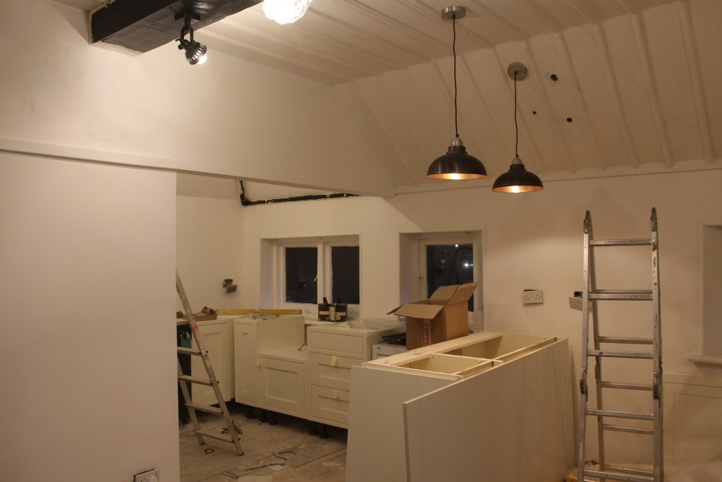 Kitchen is now actually looking like a kitchen!
